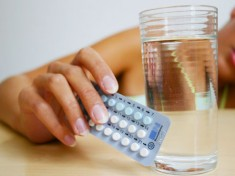 photolibrary_rm_photo_of_birth_control_pills